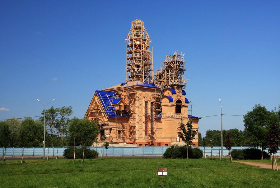 два храма в рыбацком